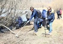 Ученики иркутской школы № 55 провели субботник в Пади Долгая