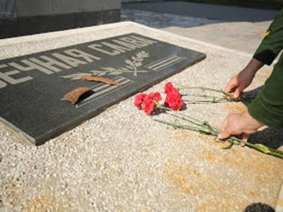 В Астрахани перед Днем Победы приведут в порядок воинские захоронения