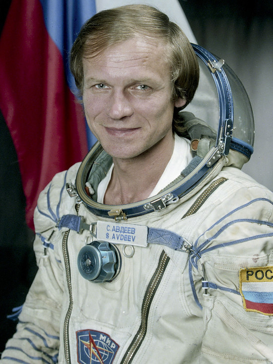 В честь Дня космонавтики юные жители Лабытнанги встретятся с героем РФ