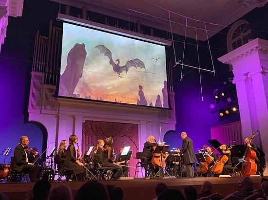 На тверской сцене впервые прозвучала «Игра престолов» в исполнении камерного оркестра и Марка Дробинского