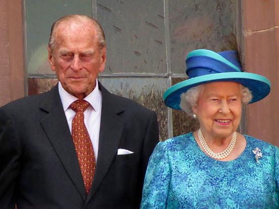 Герцог Эдинбургский принц Филипп, супруг королевы Великобритании Великобритании II хотел «мирно умереть дома в собственной постели»