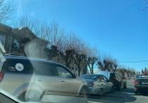 В центре Рязани «паровозиком» столкнулись три иномарки