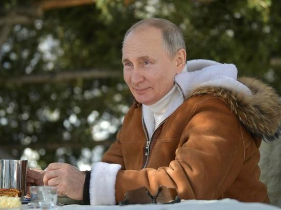 Песков: Путин пока не сделал вторую прививку от коронавируса