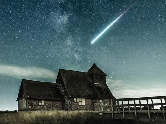 Ночь для загадывания желаний в апреле: астрологи раскрыли дату