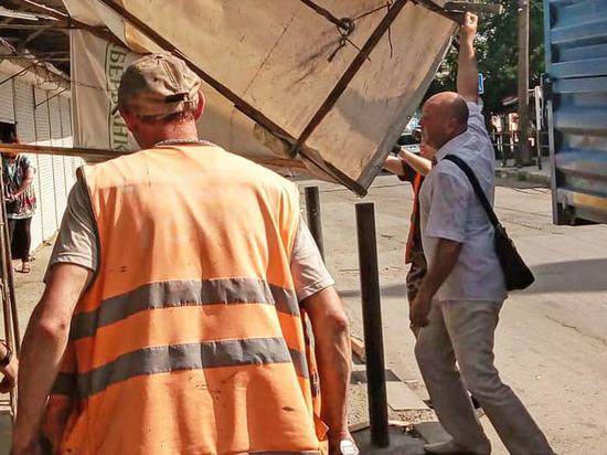 Астраханцев волнует ситуация с незаконными постройками