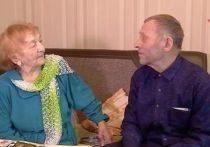 Ради свиданий на танцах привились от COVID-19 два пенсионера из Иркутска