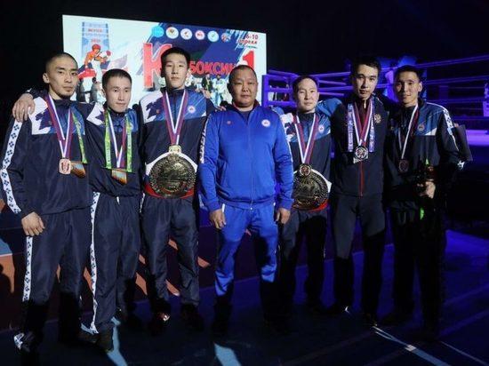 Глава Якутии поздравил якутских кикбоксеров с победой