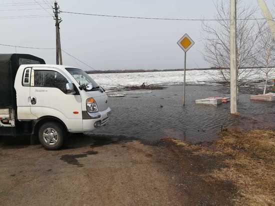 В сельской местности Вяземского района подтоплены две приусадебные территории и частично внутрипоселковая дорога