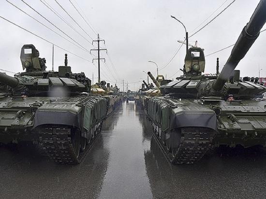 Военная техника прибыла в Новосибирск для участия в параде Победы 9 мая