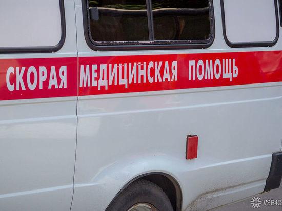 В Кузбассе сугроб насмерть придавил возрастного водителя