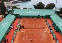 """В Европе начался теннисный грунтовый сезон, и первым из трех турниров """"Мастерс"""" на глине, на кортах которого соберутся наконец почти все звезды, в том числе и российские, станут соревнования в Монте-Карло. """"МК-Спорт"""" рассказывает об интригах предстоящего турнира."""