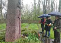 Германия: А капли дождя как слезы на братской могиле...