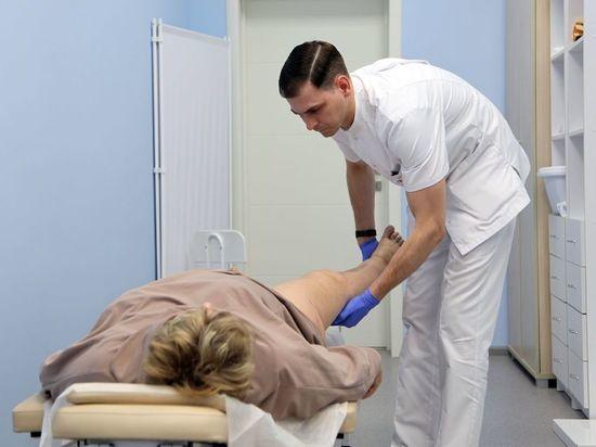 Врач описал случай пациентки, которая вовремя не обратила внимание на травму