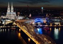 """На очередном на съезде в Дрездене депутаты немецкой партии """"Альтернатива для Германии"""" большинством голосов проголосовали за выходе ФРГ из Евросоюза вслед за Великобританией"""