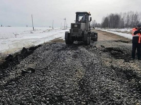 В Кировской области из-за размытия дороги люди оказались в блокаде