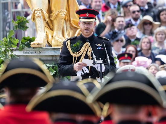 Боевому офицеру, который отдал британской армии 10 лет, не разрешат надеть военную форму
