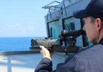 Корабли военно-морских сил США получат на вооружение лазерное оружие, которое способно уничтожать китайские крылатые ракеты YJ-18 и российские «Калибры»