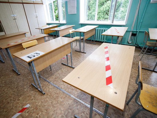 15 классов закрыли на карантин в Псковской области из-за коронавируса