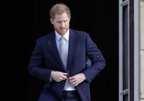 Принц Гарри вернулся в Великобританию, чтобы поприсутствовать на похоронах своего деда, герцога Эдинбургского принца Филиппа