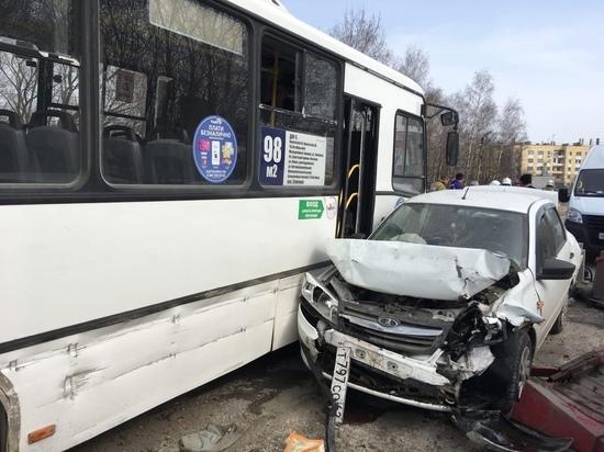 В Рязани восстановили движение на мосту через Трубеж после массовой аварии