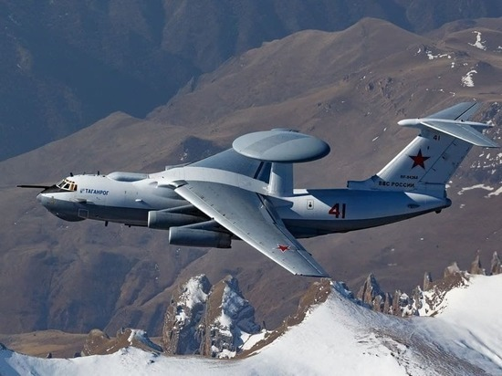 Опубликовано фото А-50У ВКС России над горами Кавказа