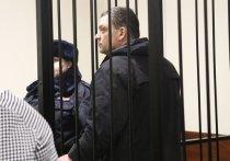 Российский предприниматель Илья Аверьянов, оправданный судом присяжных 28 января 2020 года по делу о стрельбе на кондитерской фабрики «Меньшевик» (напомним, там был погибший), вновь за решеткой! Его обвиняют в том же преступлении