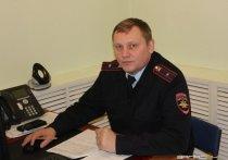 Полицейский получил сруб дома от «черного лесоруба» за то, что инспекторы не остановили его лесовозы