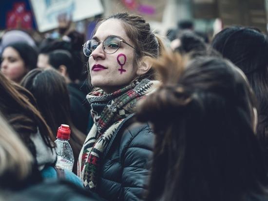 «Странно слышать, что все феминистки – «обиженки»
