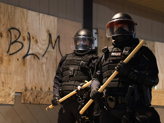 Беспорядки в Миннеаполисе побудили сильнейшие лиги в мире приостановить чемпионат