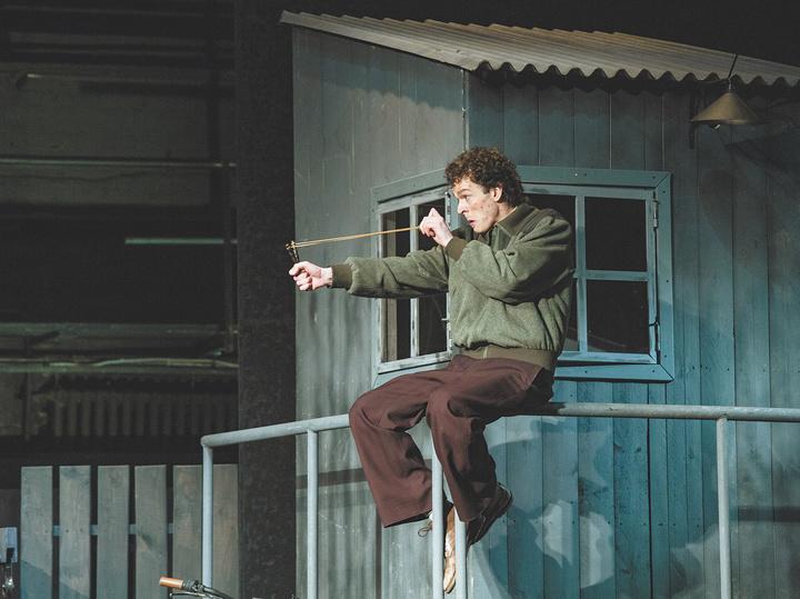 Виктор Сухоруков вынес на публику конфликт с режиссером