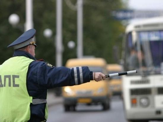 В Смоленске сотрудники ГИБДД проверят автобусы
