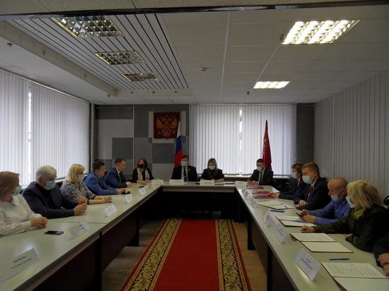 6 политических партий Смоленщины подписали меморандум о сотрудничестве