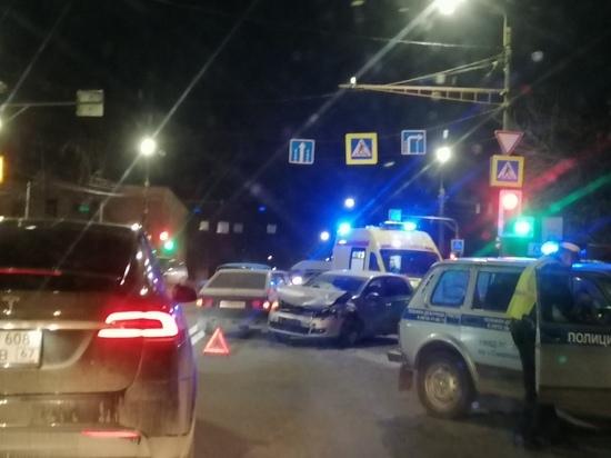 Массовое ДТП с 4 автомобилями произошло на Витебском шоссе в Смоленске