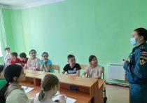 Сотрудники Малой академии дорожных наук проводят обучение для школьников Якутии