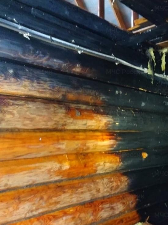 В МЧС сообщили подробности пожара в деревне Телеши Смоленского района