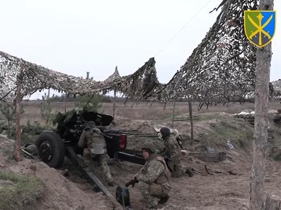 Украина начала военные учения вдоль границы с Крымом