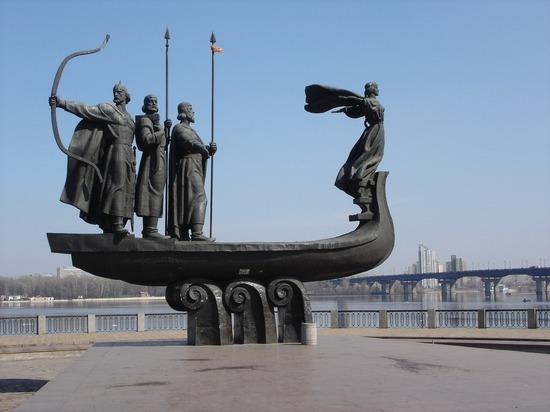 Жесткий локдаун в Киеве продлили до конца апреля