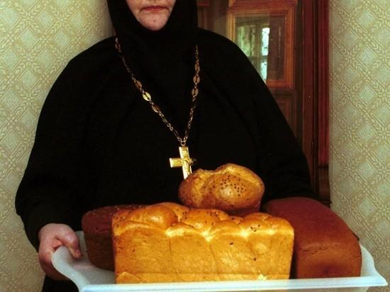 """Кураев предсказал судьбу монахинь из """"монастыря Сергия"""""""