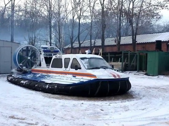 Под Архангельском подростки чуть не стали жертвами экстремальной прогулки по реке
