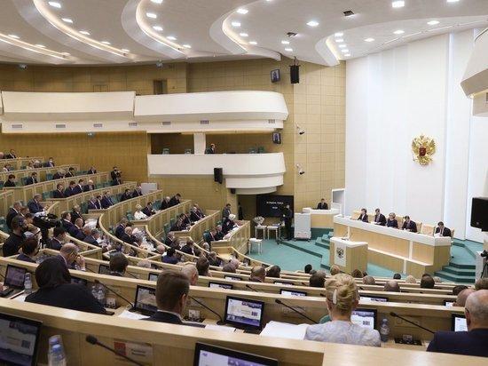Сегодня на заседании Совета Федерации сенаторы обратили внимание на кризисную ситуацию в Калмыкии, где один киловатт стоит больше 10 рублей