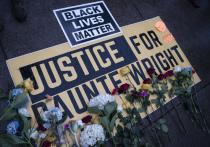 В деле об убийстве полицейской Ким Поттер афроамериканца Даунта Райта всплывают новые подробности