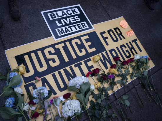 Погибший при задержании афроамериканец Даунт Райт был остановлен вовсе не за просроченные номера