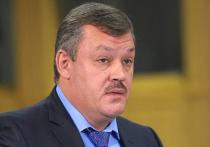 Люди умирают - губернатор в почете: власть «игнорирует» коронавирус