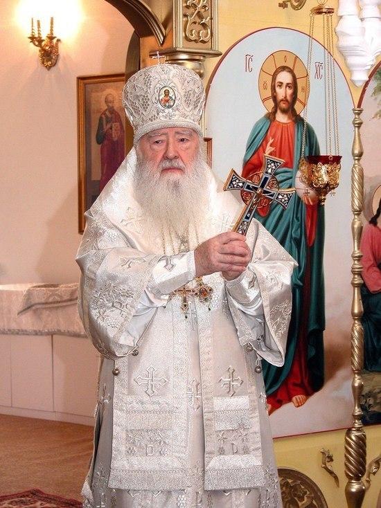 Патриарх Кирилл отправил митрополита Ювеналия на покой и возглавил Московскую митрополию