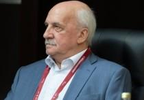 Сергей Шойгу официально заявил, что на западные рубежи России  в течение трёх недель были успешно переброшены две армии и три дивизии ВДВ