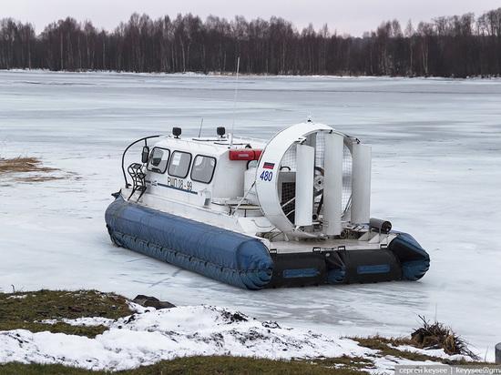 В Архангельске мужчина едва не утонул при попытке перейти реку