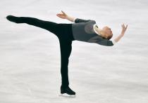Команда России занимает первое место в таблице неофициального командного чемпионата мира по фигурному катанию в Японии после выступлений в короткой программе Михаила Коляды и Евгения Семененко