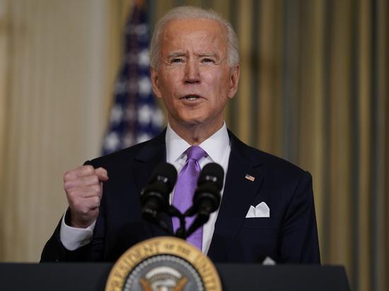 Президент США Джо Байден подписан указ о введении санкций против России