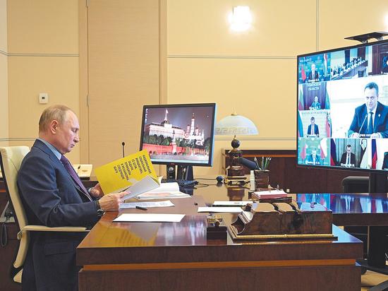 Владимир Путин послал губернаторов «ножками» сходить в учреждения соцсферы и посмотреть, с какими трудностями сталкивается обратившийся в них простой человек