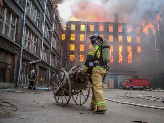 Владелец Невской мануфактуры заявил о намерении восстановить сгоревшее здание